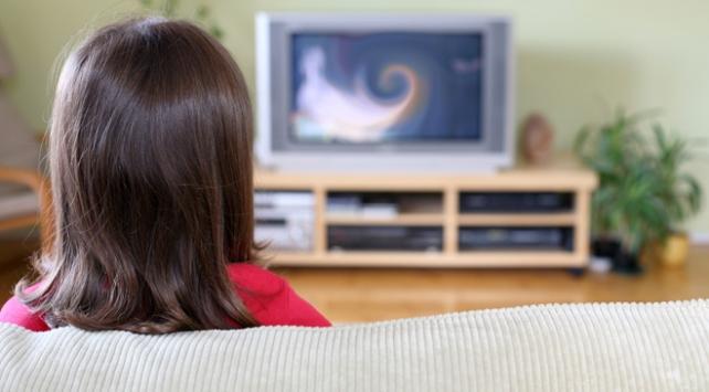 Televizyon aile içi iletişimi sabote ediyor