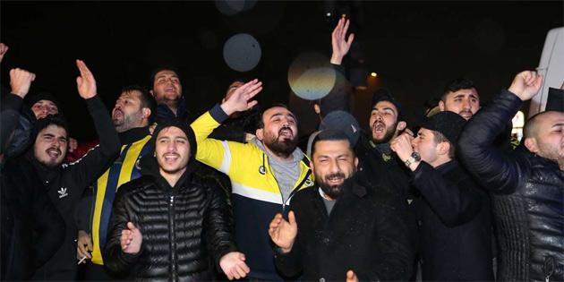 Fenerbahçe taraftarlarından Samandıra'da protesto
