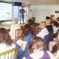 Medyada Farkl�l�klar�n yans�t�lmas� semineri ba�lad�