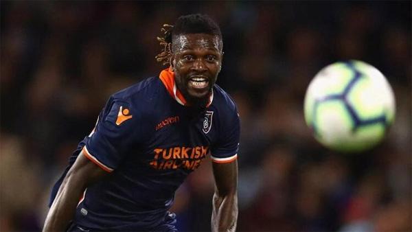 Emmanuel Adebayor sürprizi! Bedavaya...