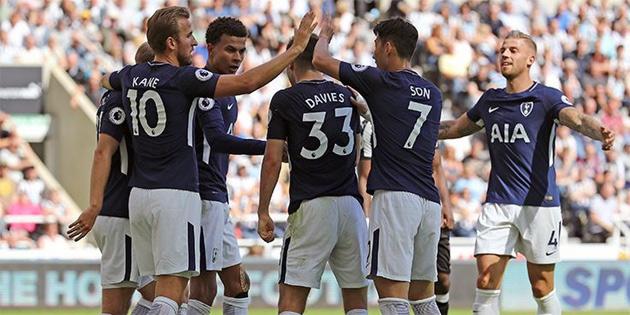 Tottenham galibiyetle başladı