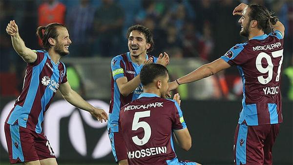 Trabzonspor Abdülkadir Ömür için 20 milyon Euro'luk teklifi reddetti