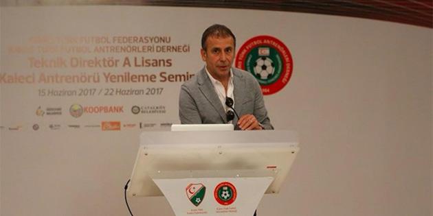 'Türk futbolunun sorunu A Milli Takım değil