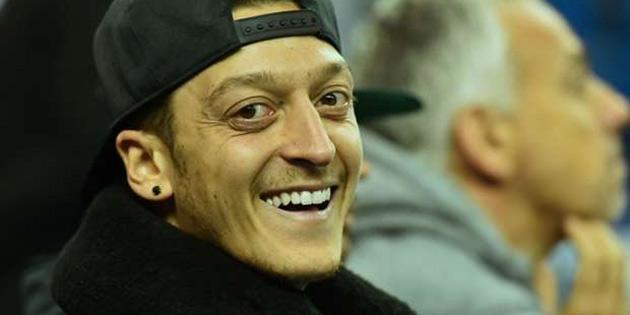 Mesut Özil, Çin'in en sevilen ikinci futbolcusu