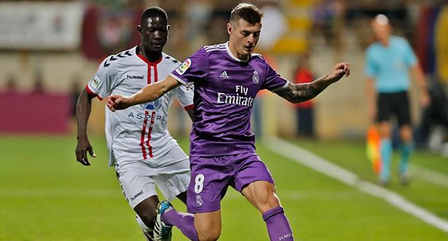 Real Madrid kupada �ok farkl�