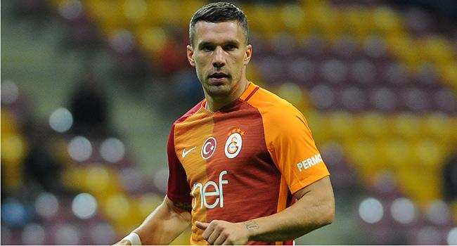Jan Olde Riekerink'ten Lukas Podolski'ye �vg�