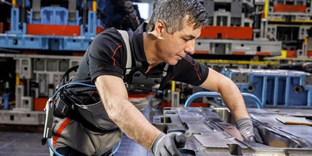 Audi'den çalışanlarına dış iskelet