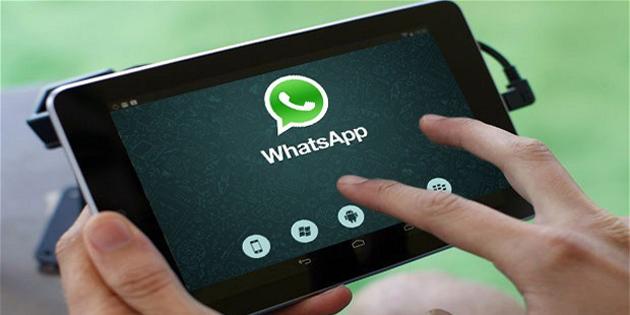 WhatsApp'tan 'rozet' adımı