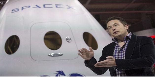 SpaceX'in Merlin motoru test sırasında patladı