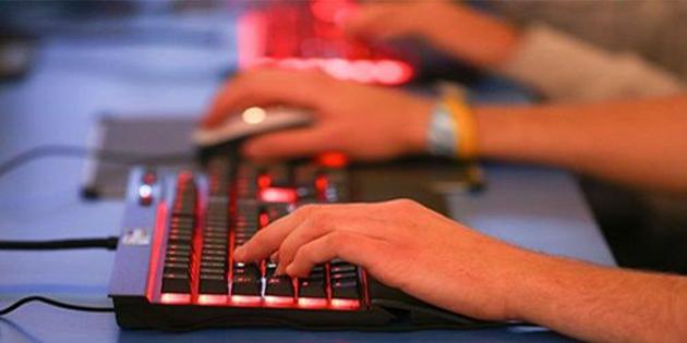 Online oyun oynayanlar, derslerinde daha başarılı oluyor!