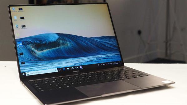 Huawei dizüstü bilgisayar üretimini yavaşlatıyor mu?