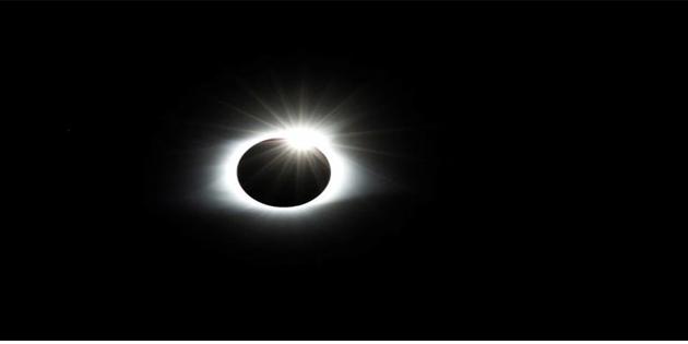 Reuters'ın objektifinden Güneş tutulması